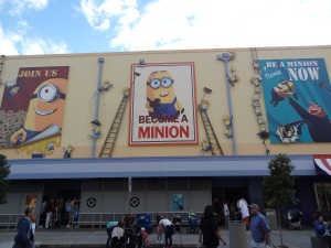 Despicable_Me_Minion_Mayhem_building